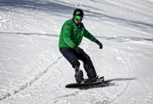 Andre Cintra está otimista com mudanças no snowboardcross mundial