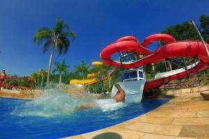 Parque aquático Magic City anuncia novos dias e horários de funcionamento