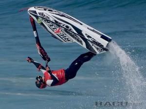 Snowboarder paralímpico é ouro no Chile