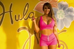 GarotaFit lança coleção We Love Summer
