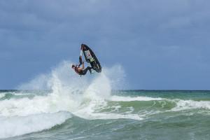 Piloto baiano representa o Brasil em competição radical americana