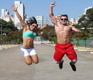 Casal fitness quer ajudar pessoas a sair do sedentarismo